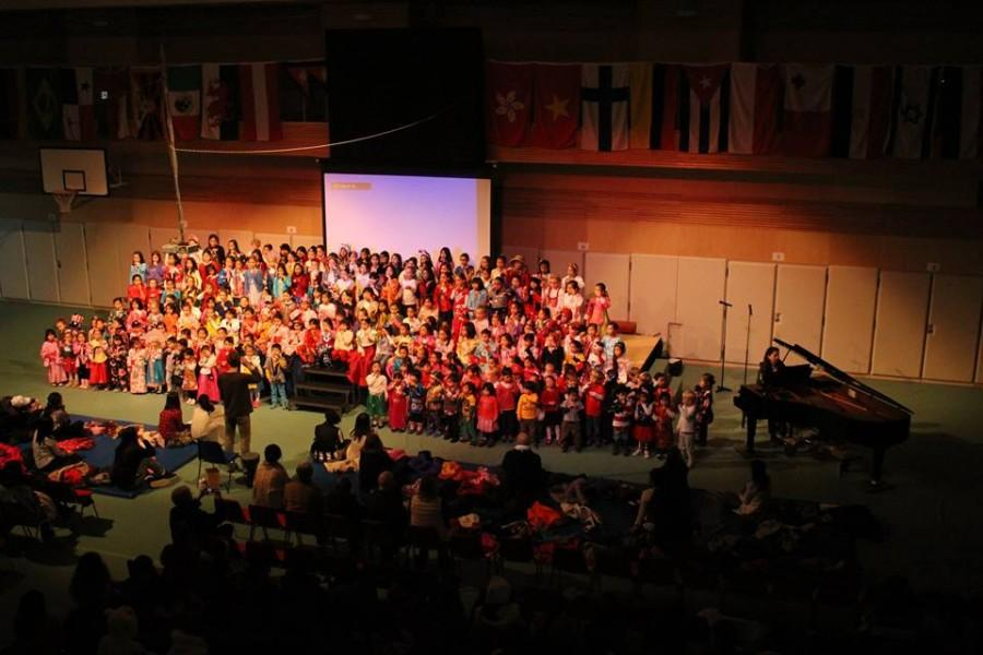 Kindergarden and Junior School students sing songs of hope and unity