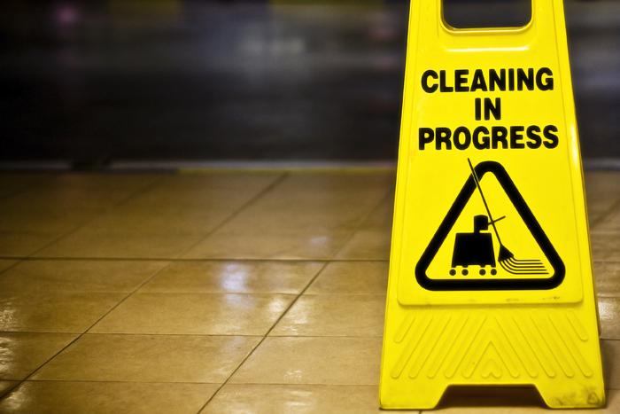 Should high schoolers spend extra time in school and clean their classrooms?